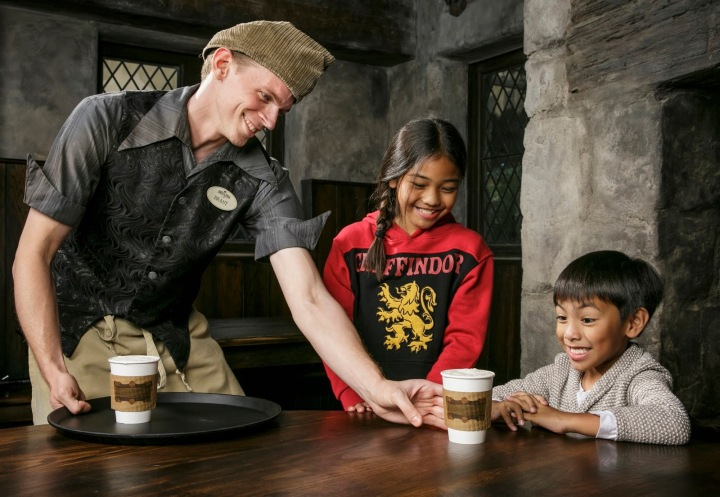 New Hot Butterbeer at The Wizarding World of Harry Potter at Universal Studios Hollywood