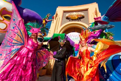 Universal Orlando Resort is home to the biggest, best Mardi Gras party in the country Ð and it comes straight from New Orleans to you through April 23. Nationally renowned musical acts combine with an authentic Mardi Gras parade, dozens of colorfully costumed performers, authentic Cajun cooking and hand-picked New Orleans bands to capturethe look, feel and fun of New Orleans Ð all inside Universal Studios Florida. © 2011 Universal Orlando Resort. All rights reserved.